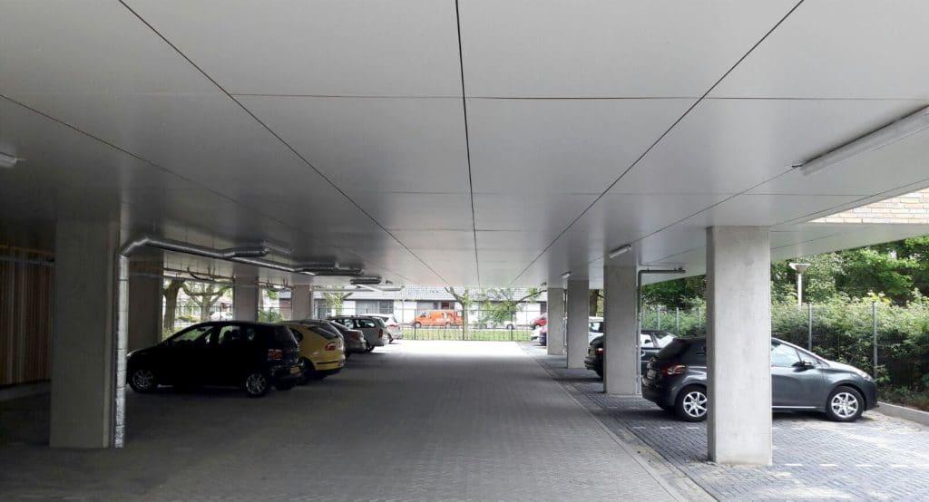Plafond-isolatie-parkeergarage-Badeloch